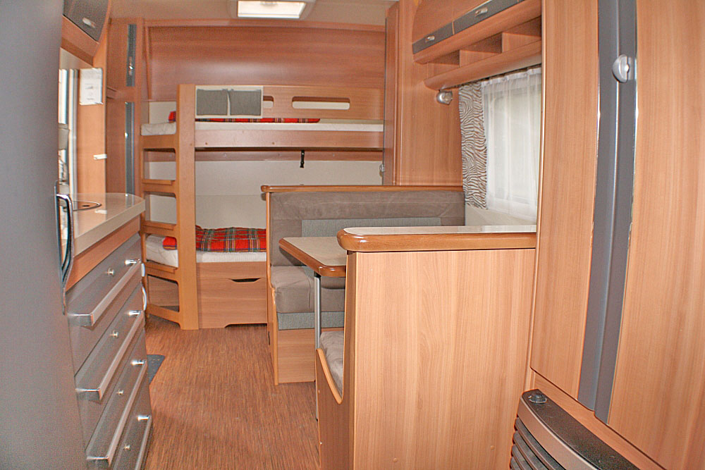 Wohnwagen Etagenbett Größe : Wohnwagen nr u feriendomizil lütow